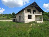 Vînd sau schimb casă nefinisată în Bubuieci . Direct de la proprietar .