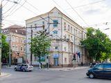 Spre chirie spațiu comercial, Centru str. B. Bodoni, 3500 €