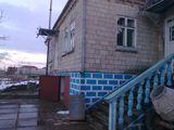 vindem casa in costesti sectorul girlea