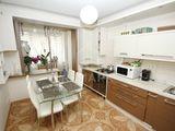 Vanzare apartament cu 3 camere,  Buiucani, str. Alba Iulia, 62000 €