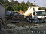 Servicii autocamion si servicii cu buldoexcavator