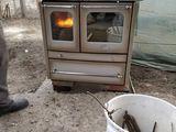 Cumpar soba din fonta de gatit (cu cuptor) pe lemne la mina 2