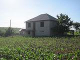Vindem casa in s.Puhoi,r.Ialoveni. Distanta de la Chisinau 25km