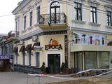 Под ресторан, магазин, салон красоты, другое. Центр, Пушкина угол Щусева 62. Продажа/аренда.