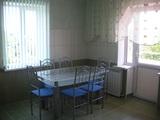 Сдаю однокомнатную. квартира новенькая 65 кв.м. за 140 евро. Аpartamentul nou-nouţ