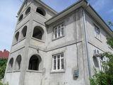 """Новый 2-хэтажный дом с мансардой в спальном р-не""""Ливада"""" г. Яловень по ул. Бэлческу. Цена:72500 евро"""