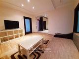 сдаётся 2-х комнатная квартира + ливинг, Центр - 300€