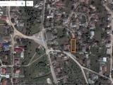 se vinde lot sub constructie 9.76 ari in centrul satului Ghidighici 13100 Euro