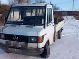 Mercedes 310 D