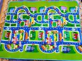 Pe podea, iarbă, beton! Covoraș copii pentru joc cu mașinuțele. Orașul cu străzi. Nou