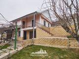 Codru - infrastructură dezvoltată! casă cu 2 nivele + 10 ari!  39 900 euro!