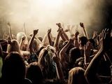 Muzica moderator si efecte speciale+DJ la evenimentul tau.