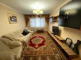 Apartament cu 3 odăi, sectorul Rîșcanovca