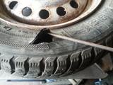 Сложный ремонт шин, боковых порезов и грыж.нарезка протектора