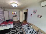 Apartament cu 2 camere, str. Grenoble 27 500 €