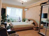 Apartament cu 2 camere 80 m2 +18 m2 terasa in Bloc nou + debara ,,