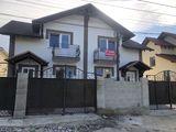 Vând casă de tip duplex!!!