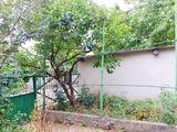 Stauceni/centru/5 ar/casa individuala de locuit/de demolat/conditii minimi de trai