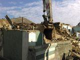 Демонтаж старых домов и пристроек. перечисление. планировка. бобкат
