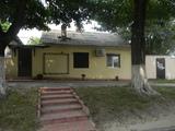 Продаю  помещение 40 кв на Дософтеи -П.Мовилэ ,выход , ремонт