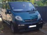 Opel Vivaro bază lungă