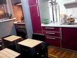 apartament 3 odăi Costiujeni lingă parcul de la Grenoble