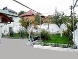 Сдаётся дом  на долгий срок 150 кв. м жилая. общая 170 кв. м. на телецентре 2-этажный 800 evro/m...