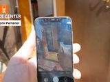 Xiaomi Mi 8 Sticla sparta - o inlocuim indata!