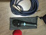 Microfon karaoke nou!