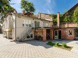 Chirie Casa 145 mp, Centru, str. Alexei Mateevici, 2000  €