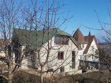 Casa in zona de Elita sector Livada Ialoveni.