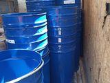 Бочки на 250 литров с дырочками на дне за супер цену 180 лей