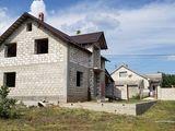 Spre vanzare casa nefinisata in Truseni,sector nou
