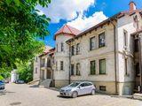 Spre chirie spațiu comercial, Centru str. București, 300 €