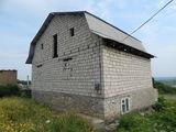 se vinde casa nefinisata in Orasul Orhei
