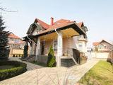 Casa cu 2 nivele, 210m, 6ari - sector privat Riscani, str olga vrabie!