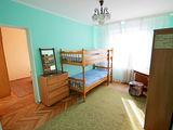 Centru / Rîșcani-apartament spațios cu 4 odăi separate-380 euro/m2