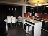 Apartament 3 camere(living inclus) in 2 nivele cu autonoma si euroreparatie + debara + beci,Buiucani