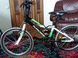 Bicicleta KROSS pentru copii