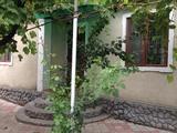 Se vinde casa in satul corjova !! toate comoditatile.loc drept.centru