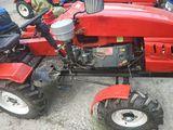 Mini tractor Buivol 24 cai putere cu 2 generatoare freza si plug 2 corpusuri