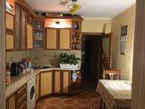 Urgent se vinde apartament  cu 4 odai cu reparatie,mobilat la pret special 58000 euro