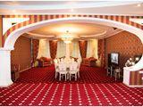 Sala mare pentru 10 persoane pentru petreceri