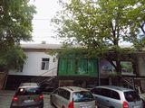 Intrare din stradă, Centru, perfect pentru show room, 500 €