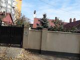 1/2 casa -3 camere la sol+3,4 ari -Telecentru -Gaudeamus ,Spitalul de Copii