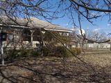 Vind casa de locuit, satul Scaieni, comuna Izvoare, r-nu Floresti.