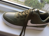 Adidasi pentru barbati la picior ingust mar.40 sunt noi ,Nike originali.