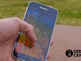 Samsung Galaxy S5 (G900F)  Sticla sparta – noi o inlocuim indata!