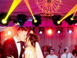 Muzică Dj.Show lumini profesionale regizate+fum.Moderatoare solistă,nunți,cumătri,cel mai bun preț !