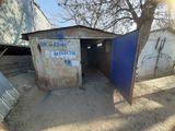 Garaj de vanzare